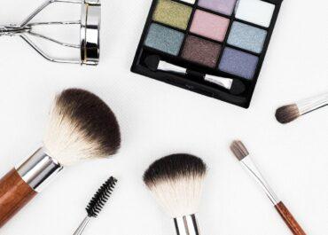 Le métier de coiffeur: orientation, études et plan de carrière